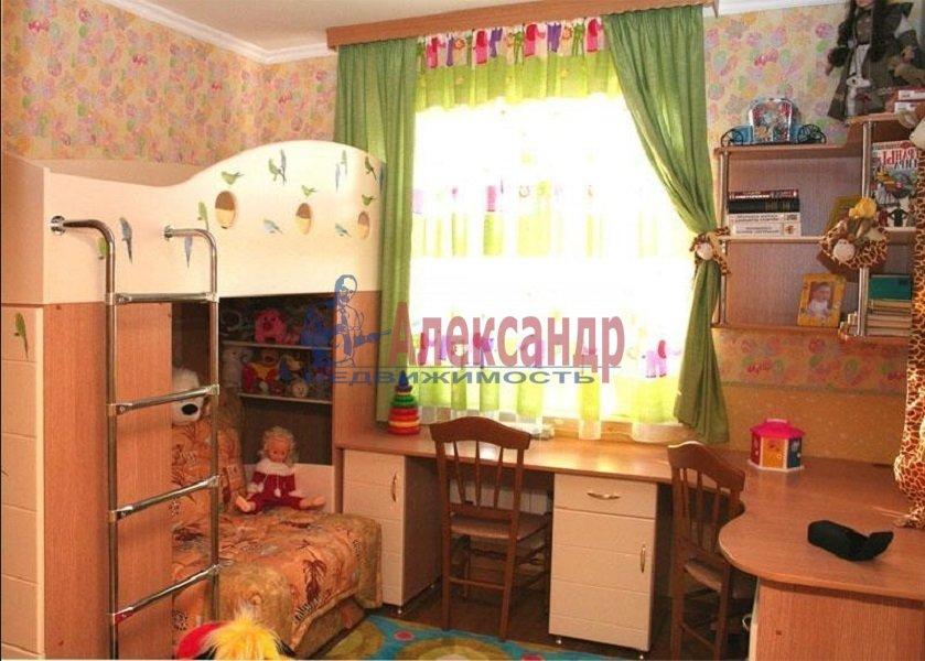 2-комнатная квартира (48м2) в аренду по адресу Типанова ул., 15— фото 3 из 3