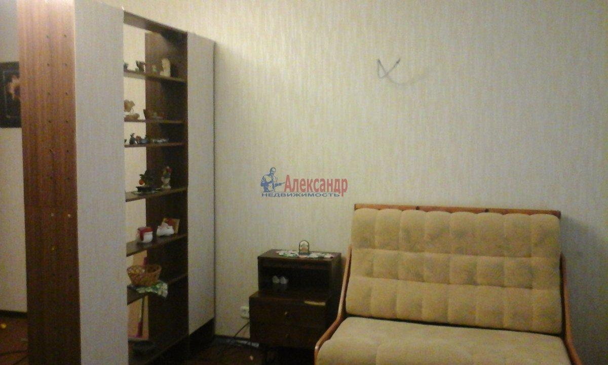 1-комнатная квартира (35м2) в аренду по адресу Гаврская ул., 15— фото 3 из 5