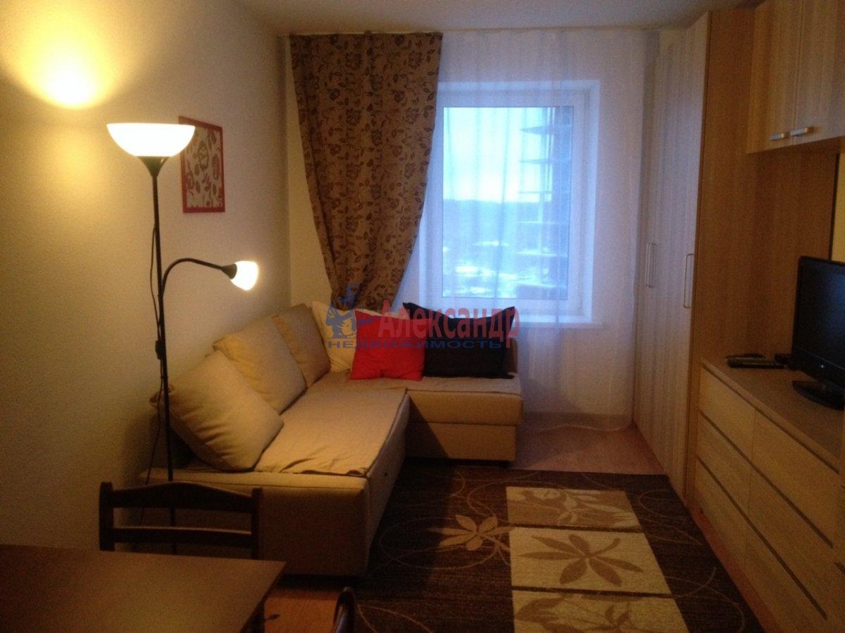1-комнатная квартира (40м2) в аренду по адресу Парголово пос., Николая Рубцова ул., 11— фото 1 из 11