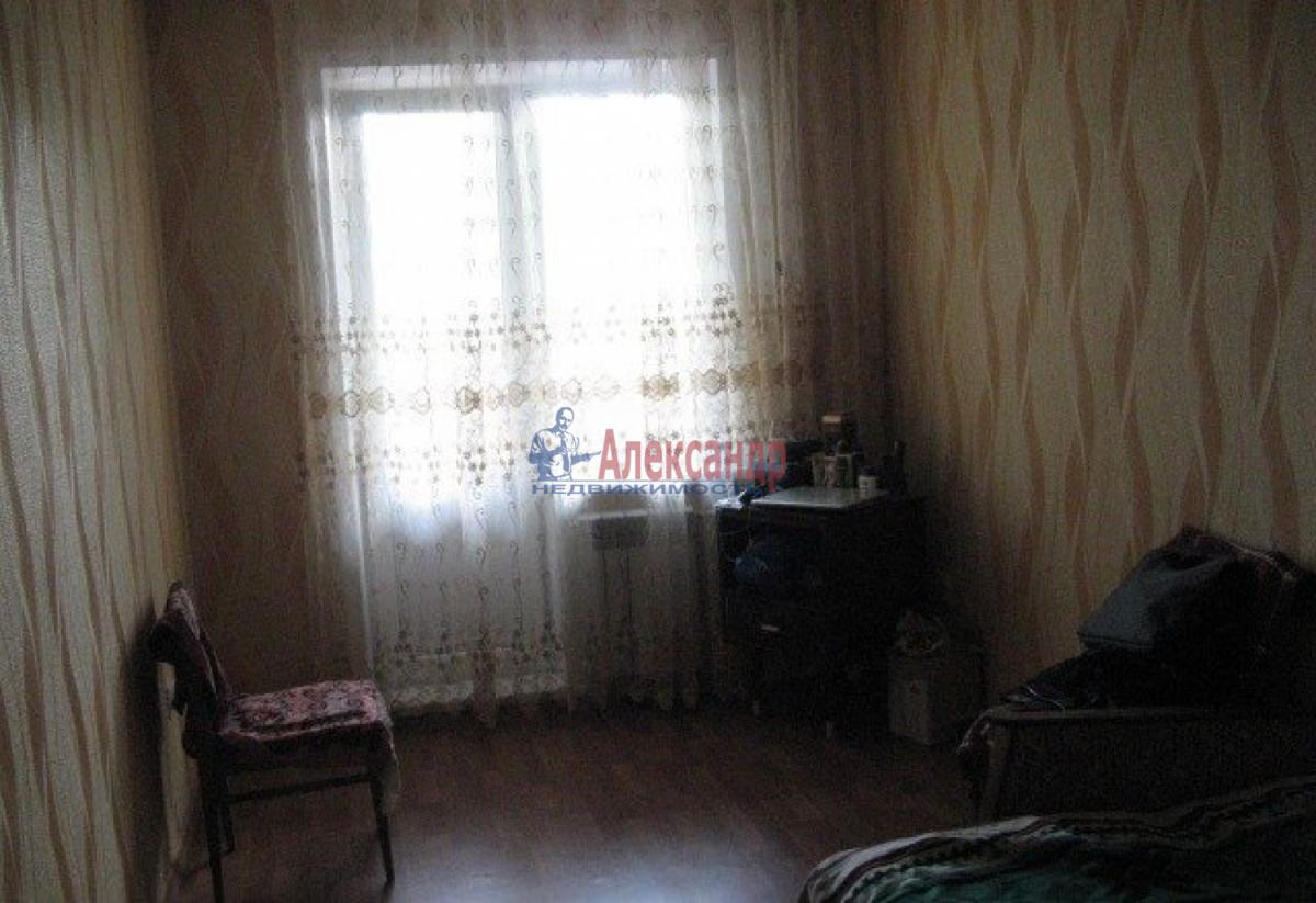 Комната в 3-комнатной квартире (60м2) в аренду по адресу Курляндская ул.— фото 1 из 4