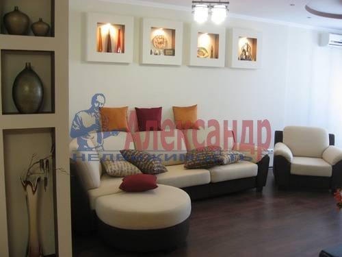 2-комнатная квартира (75м2) в аренду по адресу Вознесенский пр., 49— фото 15 из 17