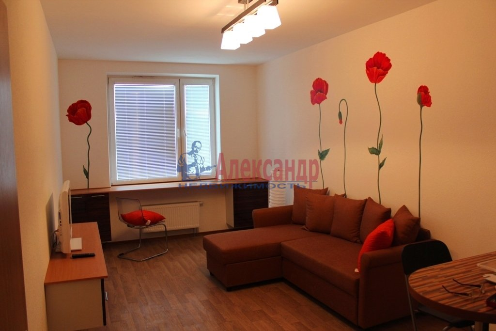 1-комнатная квартира (34м2) в аренду по адресу Яхтенная ул., 1— фото 3 из 9