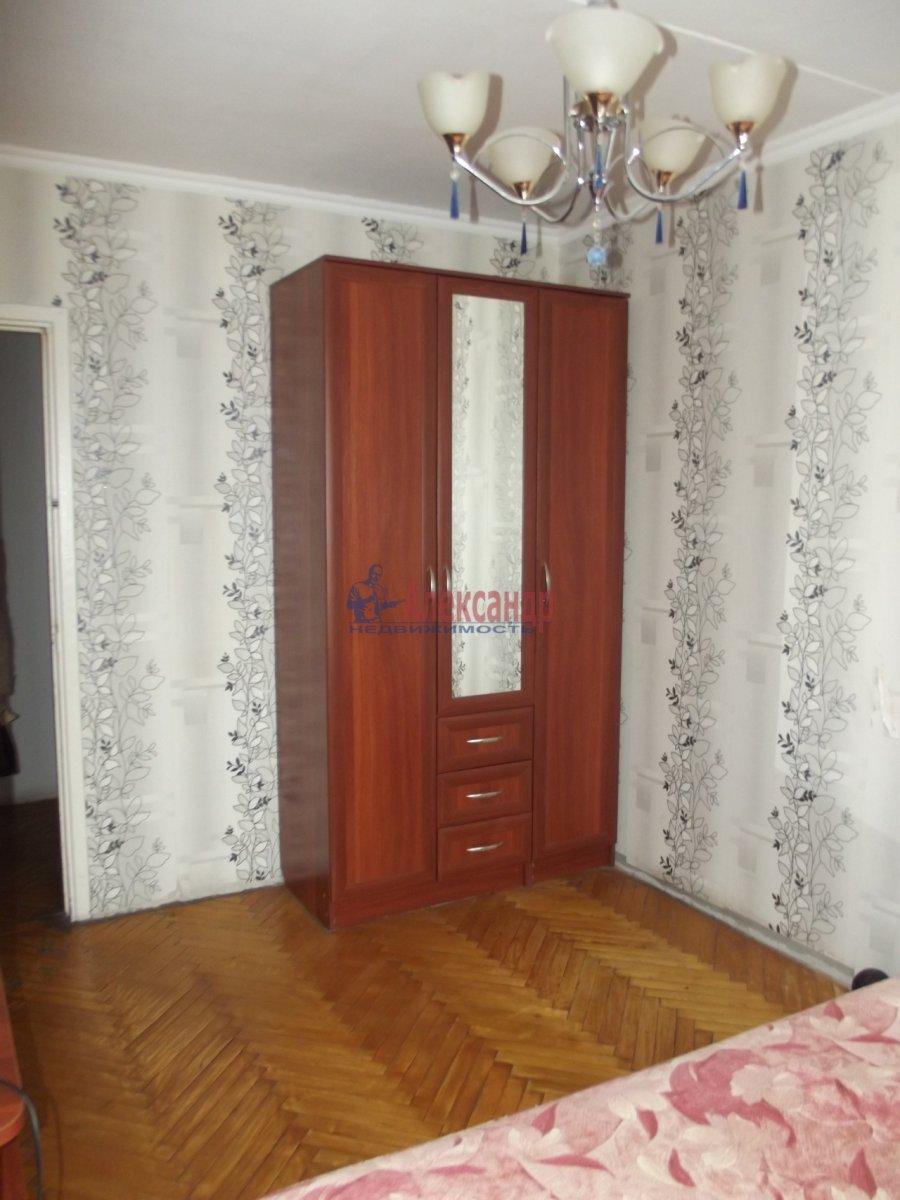 1-комнатная квартира (40м2) в аренду по адресу Партизана Германа ул., 33— фото 2 из 3