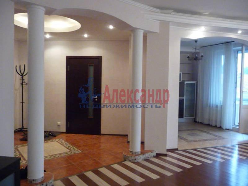 3-комнатная квартира (170м2) в аренду по адресу Восстания ул., 6— фото 1 из 2