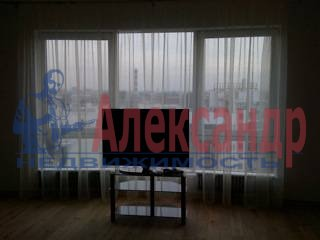 3-комнатная квартира (98м2) в аренду по адресу Петровская коса, 14— фото 5 из 7