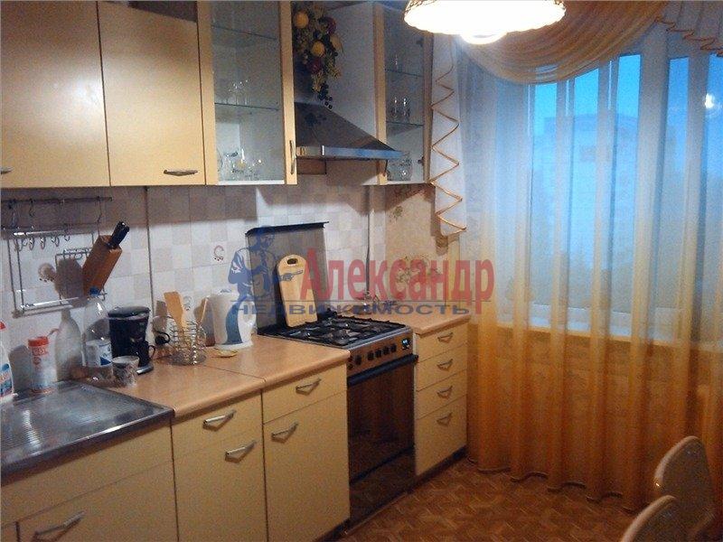 1-комнатная квартира (32м2) в аренду по адресу Бухарестская ул., 23— фото 1 из 2
