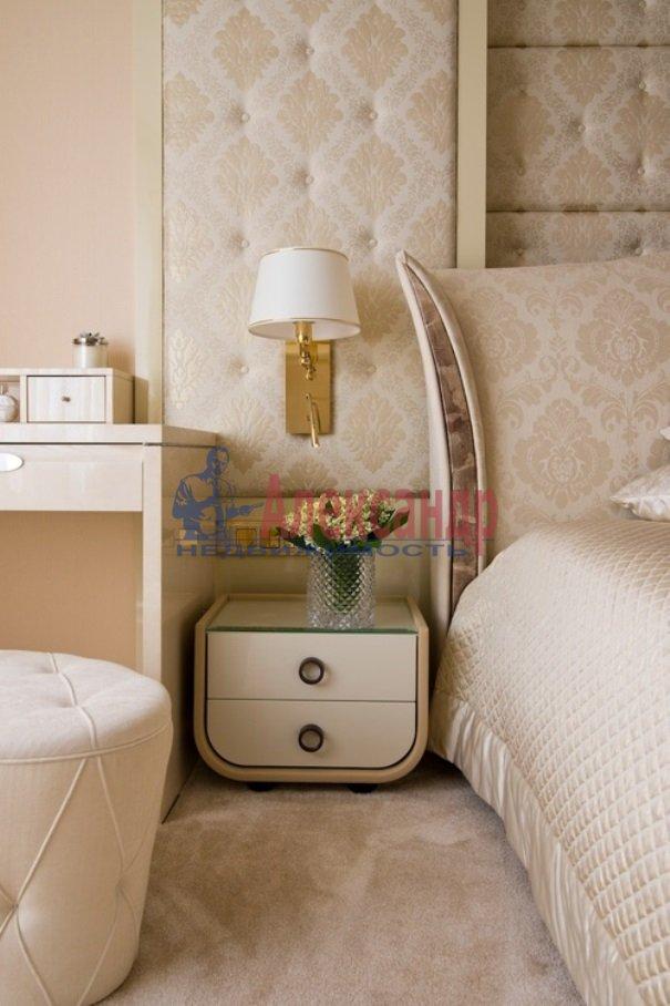 4-комнатная квартира (206м2) в аренду по адресу Реки Мойки наб.— фото 3 из 13
