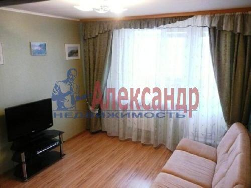 Комната в 2-комнатной квартире (70м2) в аренду по адресу Энгельса пр., 136— фото 1 из 2