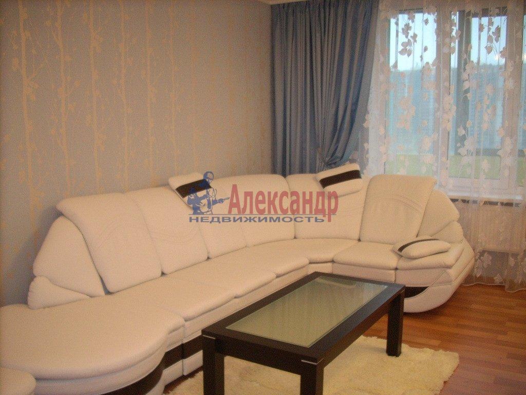 1-комнатная квартира (50м2) в аренду по адресу Смоленская ул., 7— фото 1 из 3