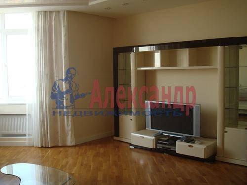 3-комнатная квартира (110м2) в аренду по адресу Комендантская пл., 6— фото 10 из 12