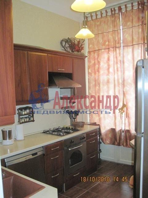 2-комнатная квартира (70м2) в аренду по адресу Английская наб., 30— фото 4 из 10