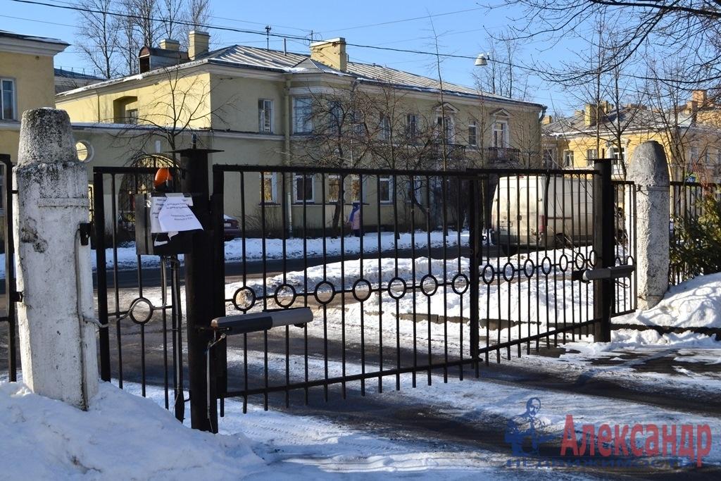 2-комнатная квартира (58м2) в аренду по адресу Турбинная ул., 35— фото 12 из 12