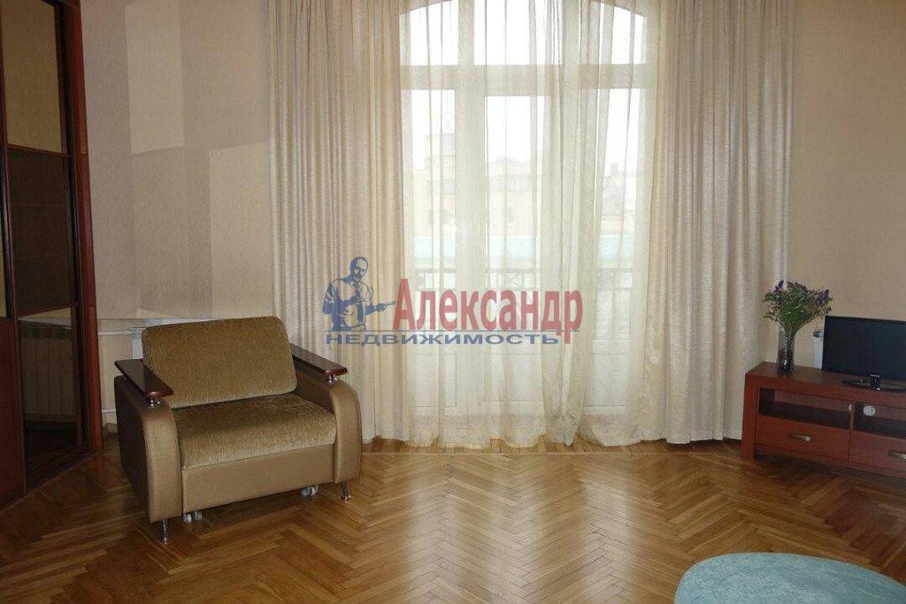 2-комнатная квартира (74м2) в аренду по адресу Кронверкский пр., 23— фото 3 из 9