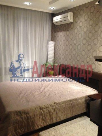 2-комнатная квартира (68м2) в аренду по адресу Гражданский пр., 113— фото 1 из 5