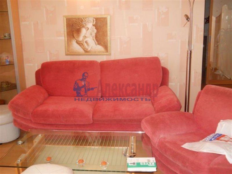 1-комнатная квартира (35м2) в аренду по адресу Ивановская ул., 7— фото 1 из 4