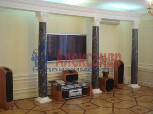 3-комнатная квартира (90м2) в аренду по адресу Пироговская наб.— фото 5 из 5
