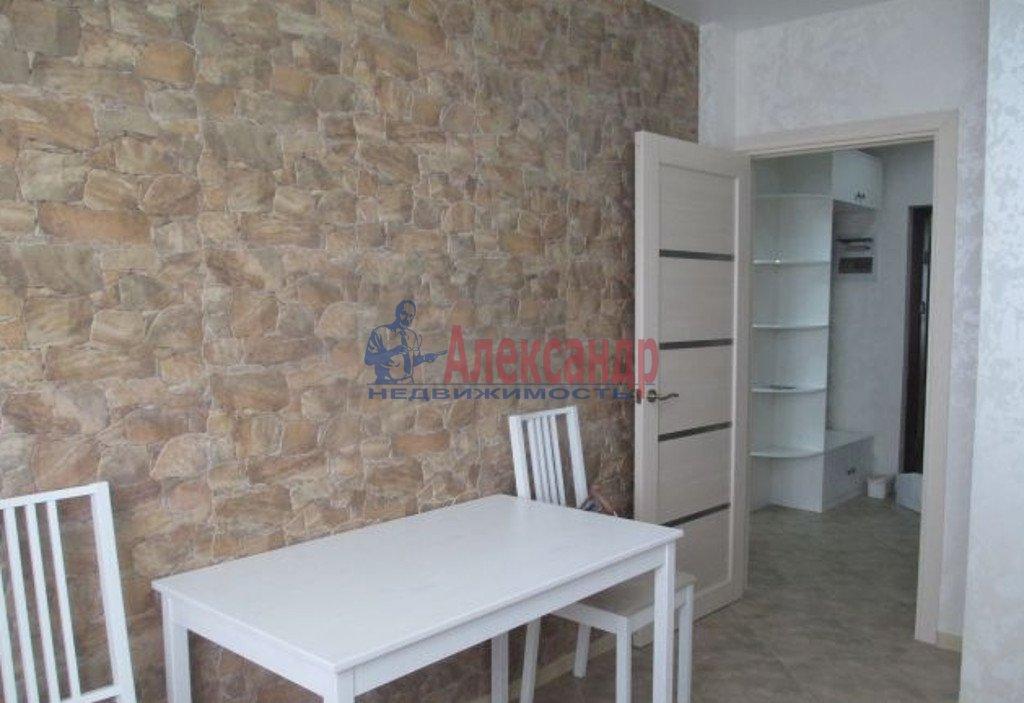 2-комнатная квартира (70м2) в аренду по адресу Кременчугская ул., 13— фото 3 из 5
