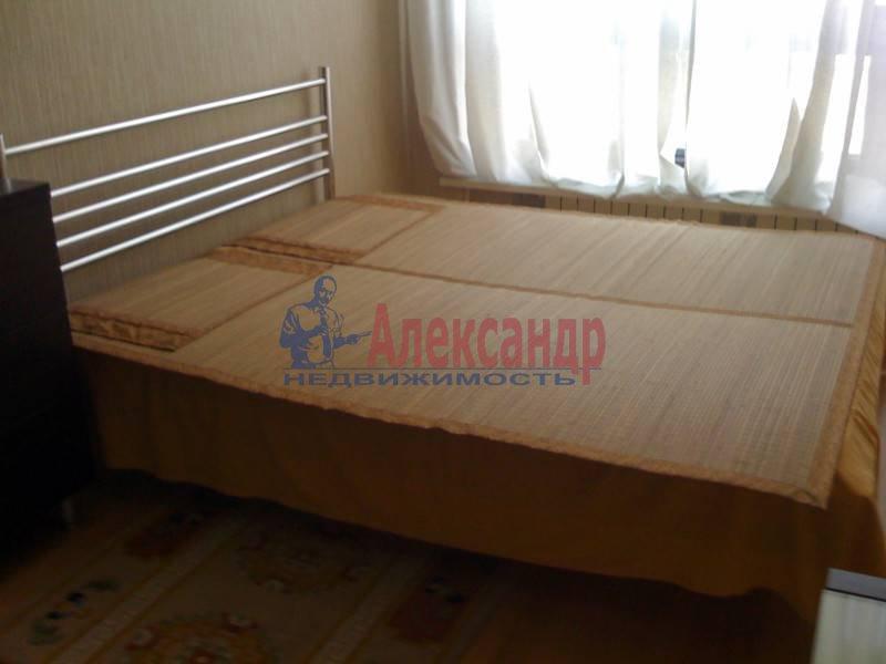 3-комнатная квартира (110м2) в аренду по адресу Московский просп., 220— фото 9 из 11