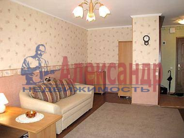 2-комнатная квартира (50м2) в аренду по адресу Наставников пр., 34— фото 1 из 4