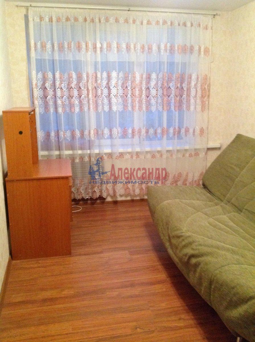 Комната в 4-комнатной квартире (86м2) в аренду по адресу Краснопутиловская ул., 99— фото 5 из 8