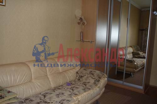 2-комнатная квартира (57м2) в аренду по адресу Товарищеский пр., 3— фото 1 из 4