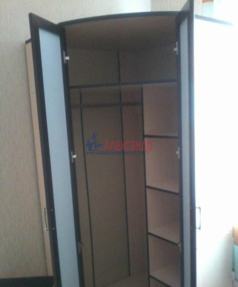 Комната в 2-комнатной квартире (42м2) в аренду по адресу Решетникова ул., 13— фото 2 из 2