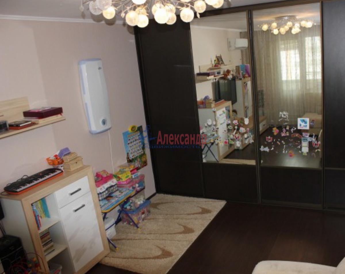 1-комнатная квартира (42м2) в аренду по адресу Ветеранов пр., 52— фото 4 из 5