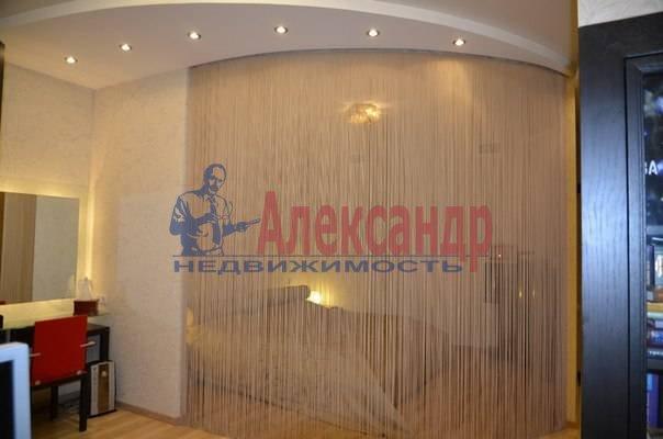 4-комнатная квартира (150м2) в аренду по адресу Рюхина ул., 12— фото 8 из 20