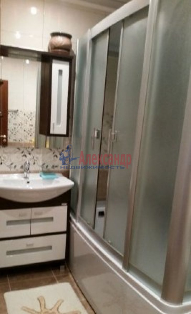 3-комнатная квартира (100м2) в аренду по адресу Богатырский пр., 59— фото 12 из 13
