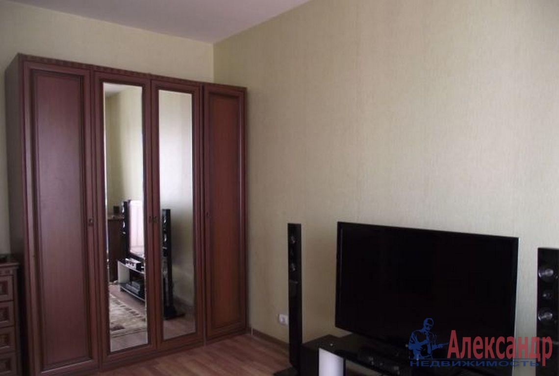 1-комнатная квартира (35м2) в аренду по адресу Ярослава Гашека ул., 2— фото 1 из 2