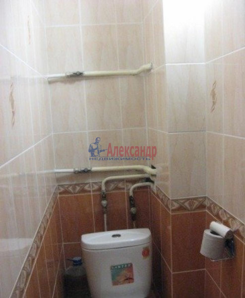 Комната в 3-комнатной квартире (60м2) в аренду по адресу Курляндская ул.— фото 3 из 4