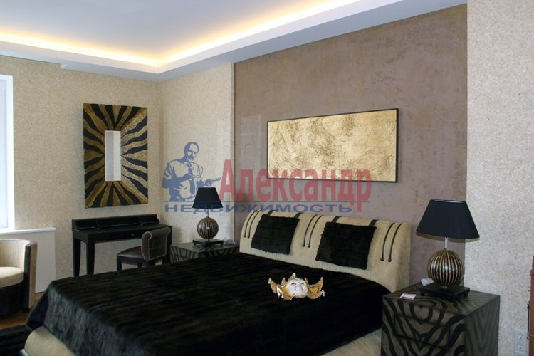 3-комнатная квартира (71м2) в аренду по адресу Московский просп., 179— фото 1 из 3