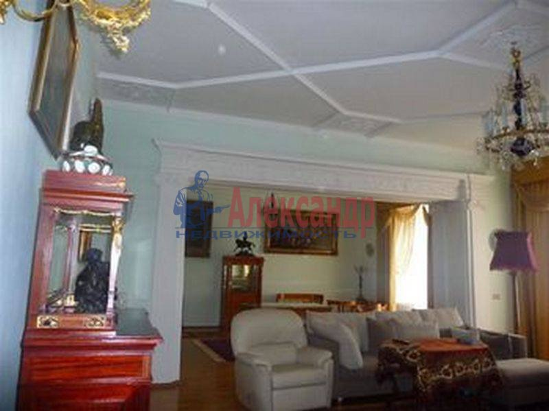 7-комнатная квартира (380м2) в аренду по адресу Каменноостровский пр., 75— фото 4 из 8