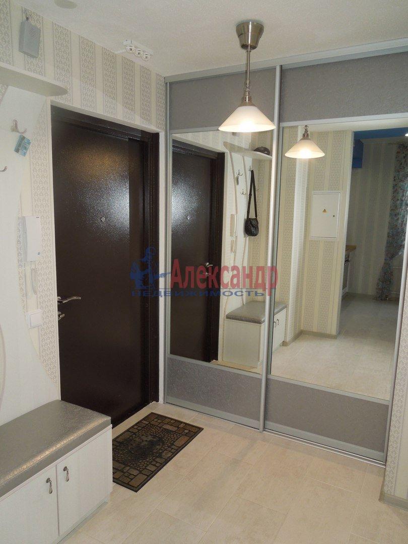 1-комнатная квартира (41м2) в аренду по адресу Космонавтов просп., 37— фото 3 из 9
