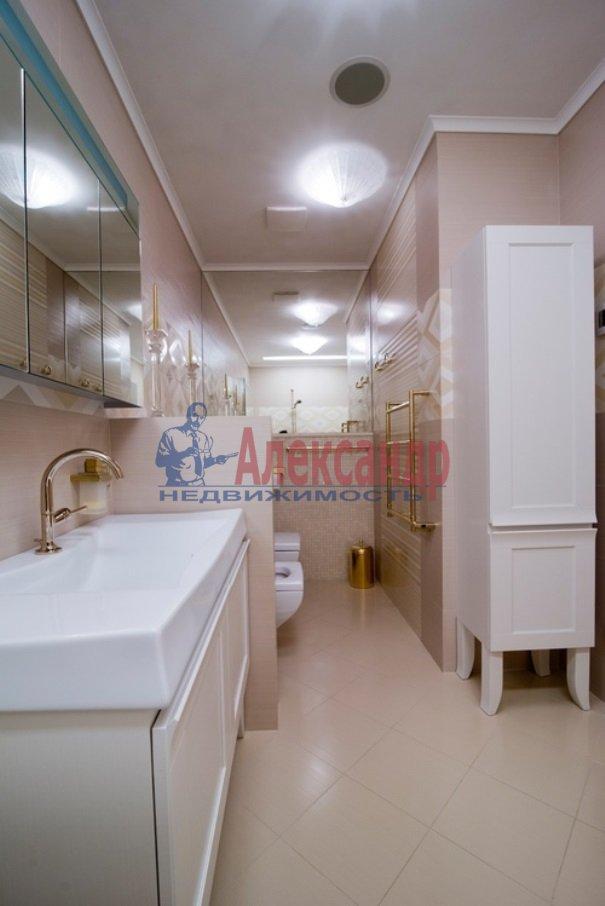 4-комнатная квартира (206м2) в аренду по адресу Реки Мойки наб.— фото 10 из 13