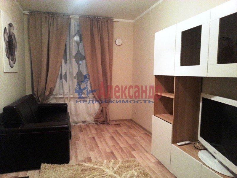 1-комнатная квартира (43м2) в аренду по адресу Народного Ополчения пр., 167— фото 7 из 7