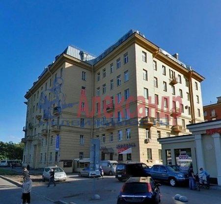 Комната в 2-комнатной квартире (60м2) в аренду по адресу Бассейная ул., 45— фото 3 из 3