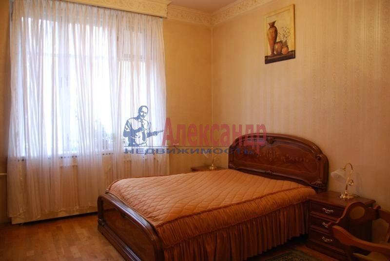 3-комнатная квартира (86м2) в аренду по адресу Суворовский пр., 56— фото 6 из 7
