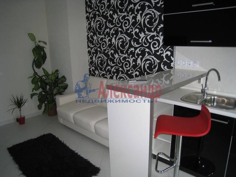 1-комнатная квартира (50м2) в аренду по адресу Галерная ул.— фото 3 из 10