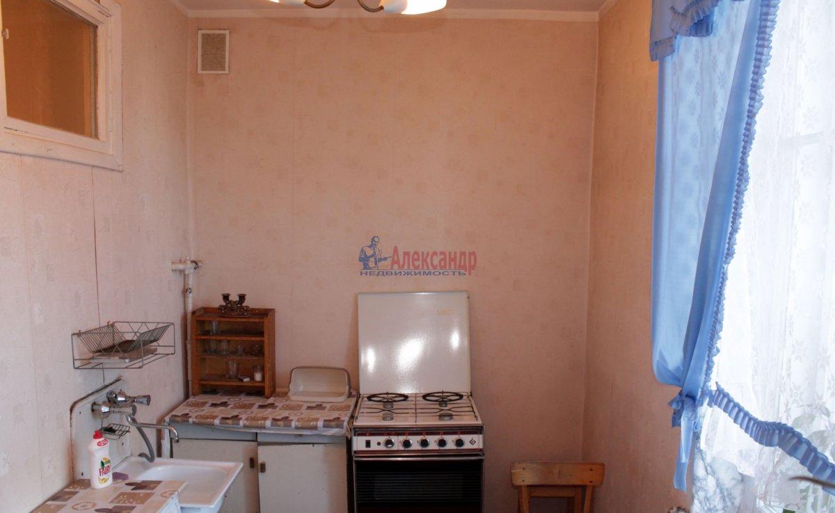 1-комнатная квартира (40м2) в аренду по адресу Космонавтов просп., 65— фото 2 из 3