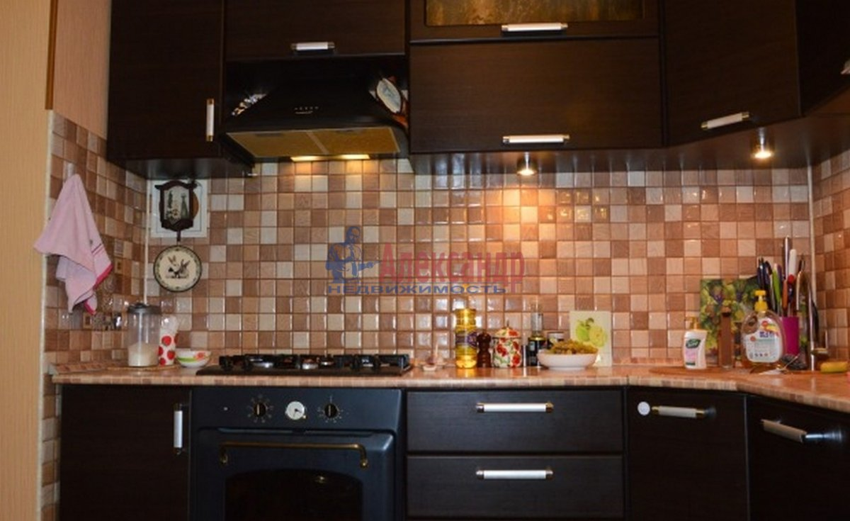 3-комнатная квартира (62м2) в аренду по адресу Черняховского ул., 53— фото 4 из 4