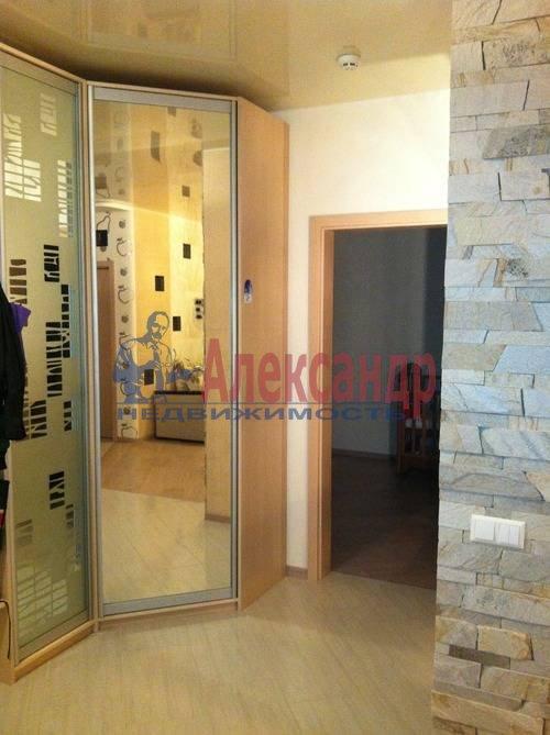 3-комнатная квартира (98м2) в аренду по адресу Савушкина ул., 127— фото 2 из 8