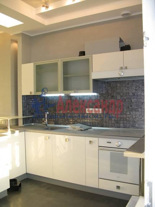 2-комнатная квартира (75м2) в аренду по адресу Новгородская ул., 23— фото 13 из 16