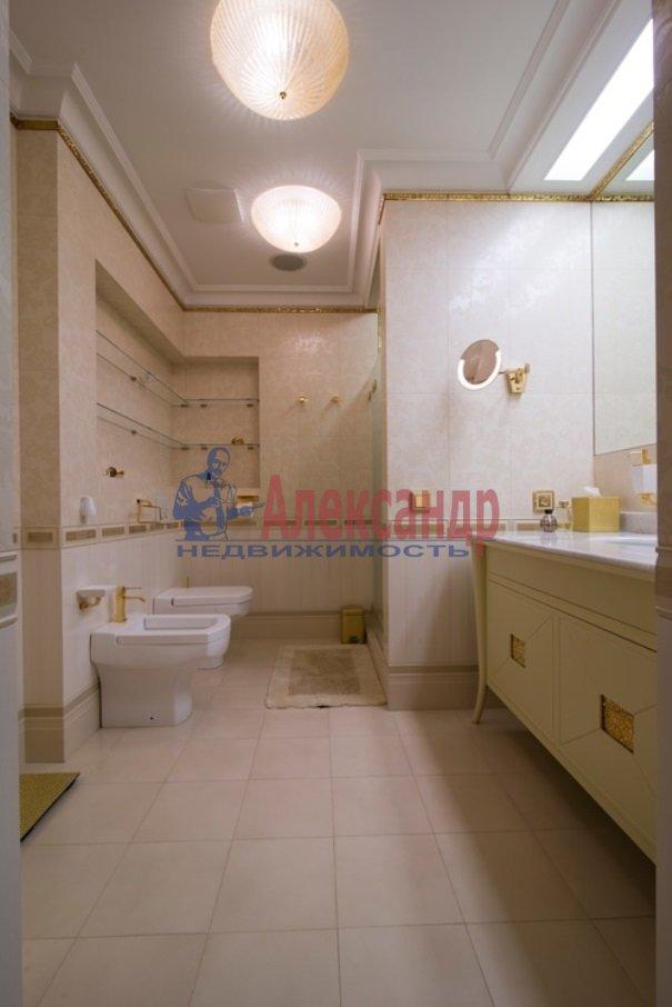 4-комнатная квартира (206м2) в аренду по адресу Реки Мойки наб.— фото 11 из 13