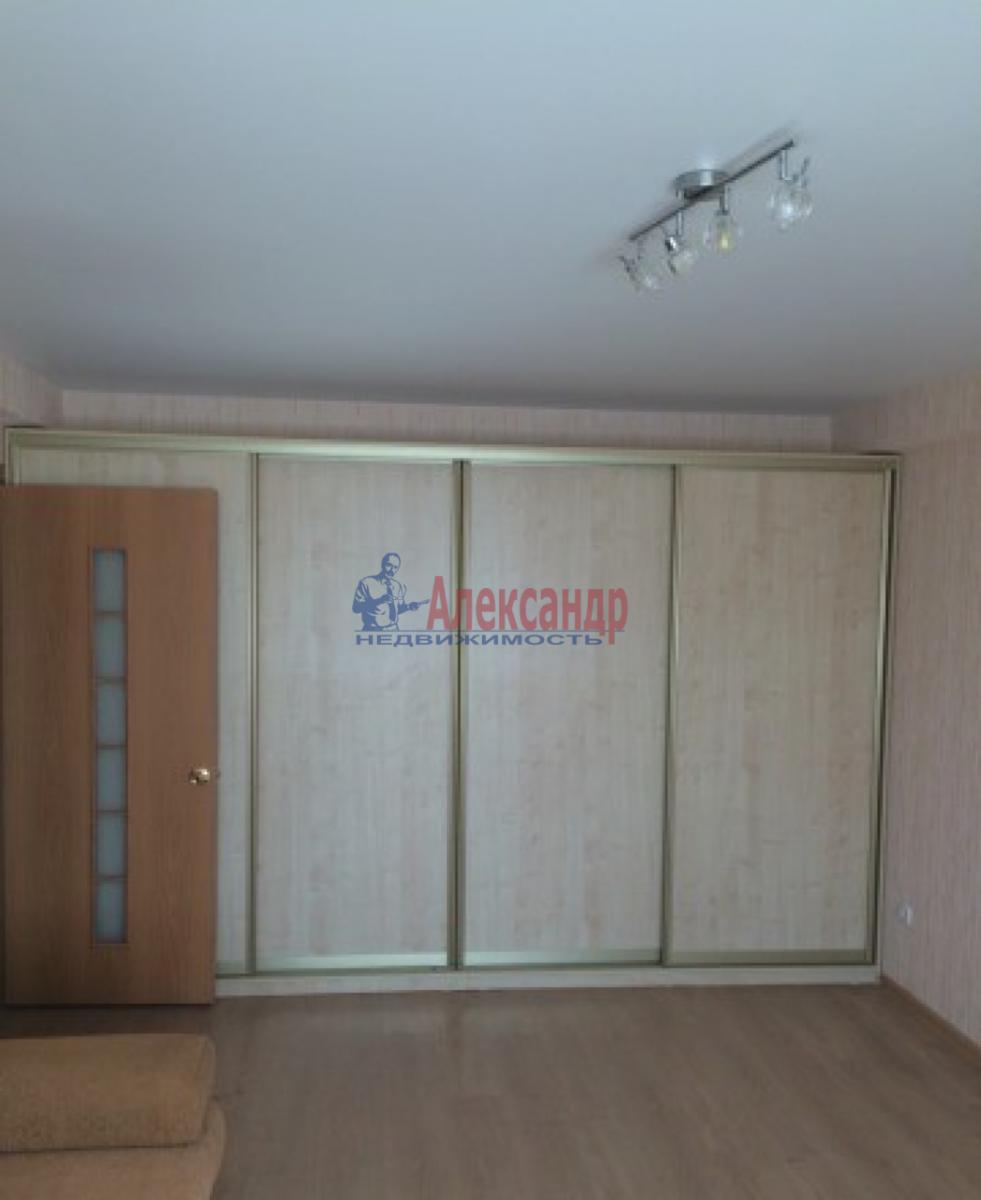 1-комнатная квартира (38м2) в аренду по адресу Дачный пр., 36— фото 2 из 4