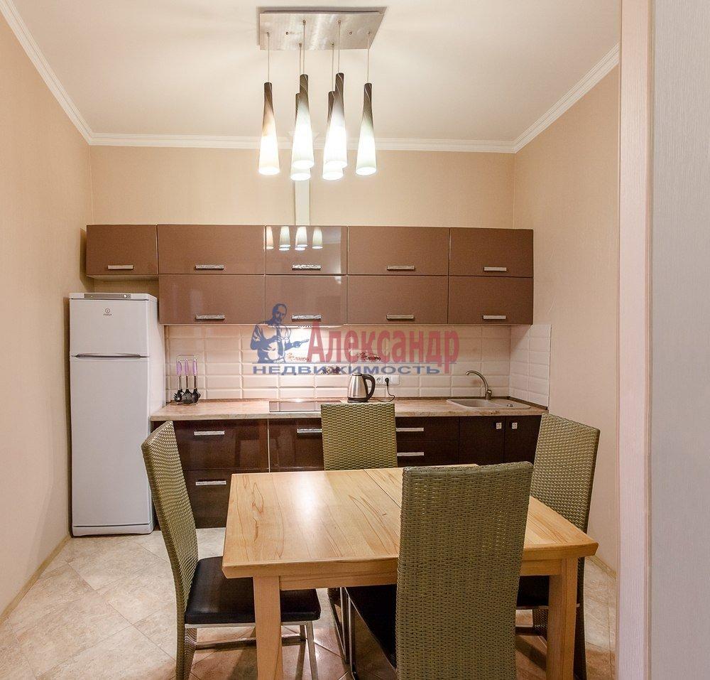 1-комнатная квартира (49м2) в аренду по адресу Смоленская ул., 11— фото 1 из 5