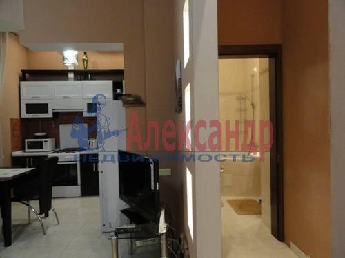 2-комнатная квартира (60м2) в аренду по адресу Лермонтовский пр., 30— фото 10 из 13