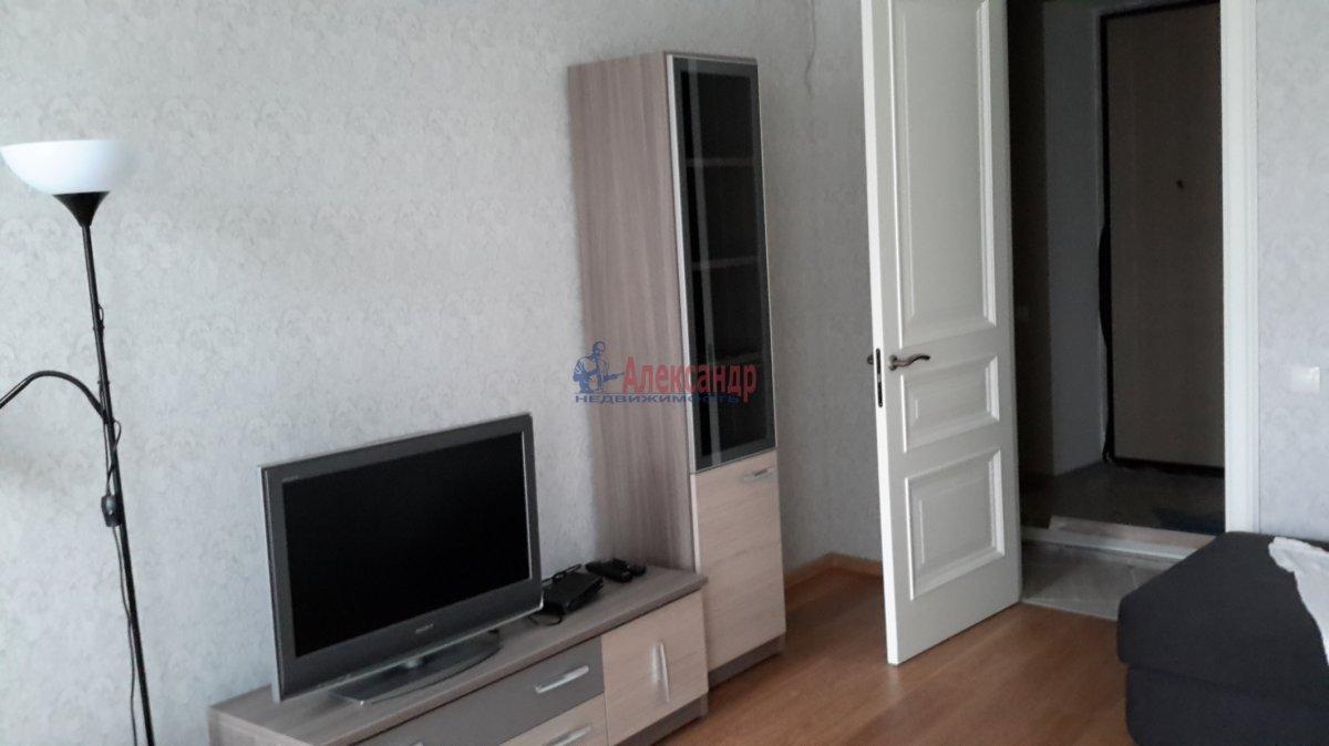 2-комнатная квартира (70м2) в аренду по адресу Зверинская ул., 17— фото 6 из 9