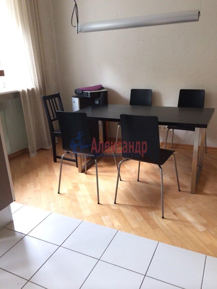 3-комнатная квартира (100м2) в аренду по адресу Московский просп., 173— фото 2 из 18