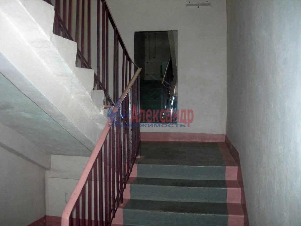 2-комнатная квартира (80м2) в аренду по адресу Невский пр., 158— фото 10 из 11